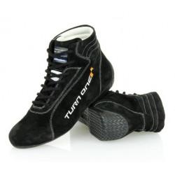 TURN ONE - Start FIA-skor. Rallyskor för bästa stöd och känsla.