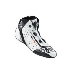 OMP One Evo R FIA-skor. Rallyskor för bästa stöd och känsla.