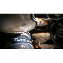 Hans hybrid skydd för rally och racing. För en säker seger! Vi är experter på racing och utrustning.