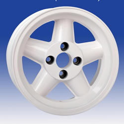 Ford GP4 – White 15 x 8.0...